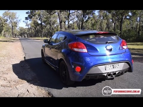 2016 Hyundai Veloster Street Turbo manual 0 100km h engine sound