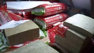 видео Утепление мансарды изнутри если крыша уже покрыта