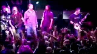 Alter bridge - Open Your Eyes (Live with the Red Sox)