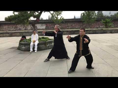 Yang Fukui and Rick Barrett demonstrate Wudang Tai Yi Wuxingquan at Wudangshan, China