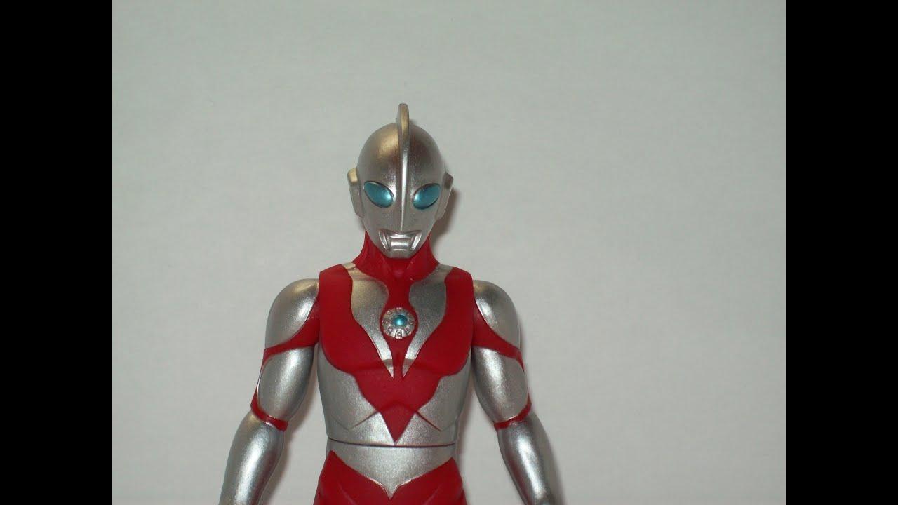 Ultra Hero 13 Ultraman Powered Vinyl Figure Review Redux ...