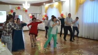 Ведущая на свадьбу Ольга Просвиркина. Танец радости на свадьбе.