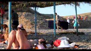 Пляж у мыса Меганом. Июнь 2011(Вечер 17 июня 2011. На пляже у мыса Меганом под Судаком в Крыму. ..Эти странные люди измазались грязью...говорят,..., 2011-06-17T17:38:14.000Z)