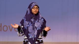 Kebabs & Hijabs: Rethink Stereotypes on Muslim Americans | Moumina Khan | TEDxPhillipsAcademyAndover