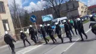 DeRRby Radomiak Radom - Broń Radom,Cały Przemarsz HD (04.04.2015r.)