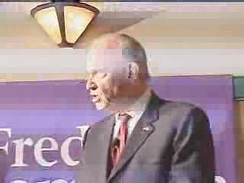 Dover New Hampshire Listens To Fred Thompson 11-15-07