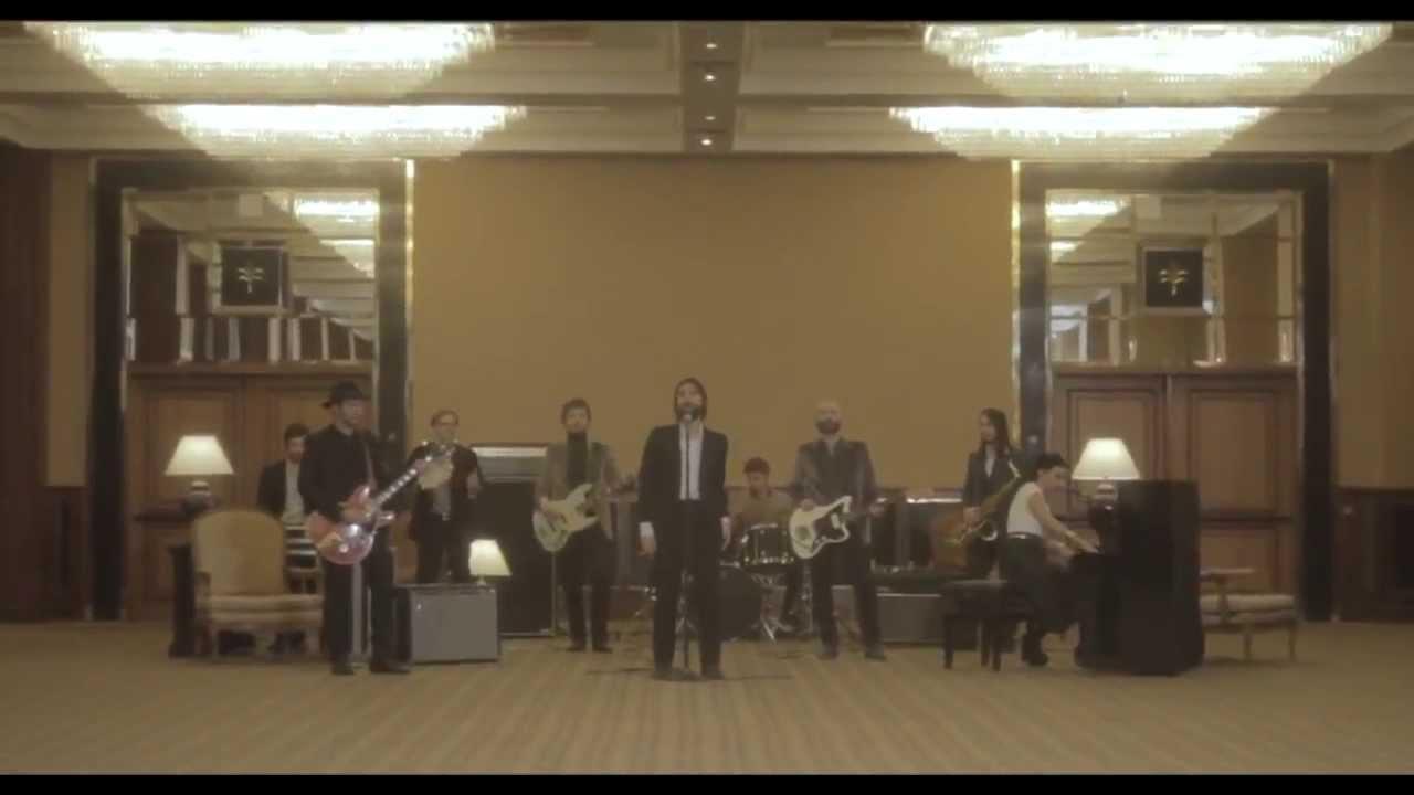 baustelle-la-morte-non-esiste-piu-official-videoclip-warnermusicit