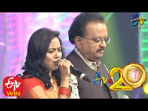 S.P.Balu and Sunitha Performs - Mounamelanoyi Song in ETV @ 20 Years Celebrations - 2nd August 2015