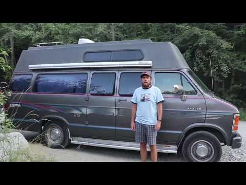 Présentation de notre Dodge Camper Van 1992 !