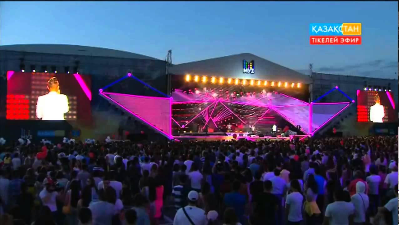 "Митя Фомин — Open air Премии МУЗ-ТВ ""Гравитация"" 2015 (4.06.2015)"