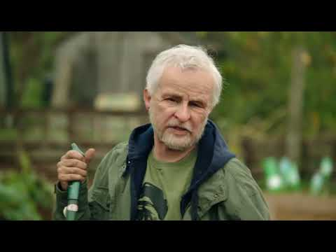 Tracey Ullman - John is Fed Up with Jeremy Corbyn