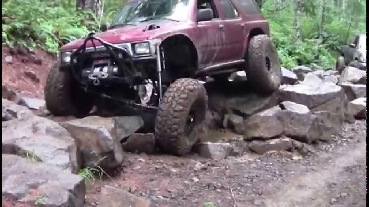 Bub's Bad Ass linked 4Runner on Browns Camp rock garden