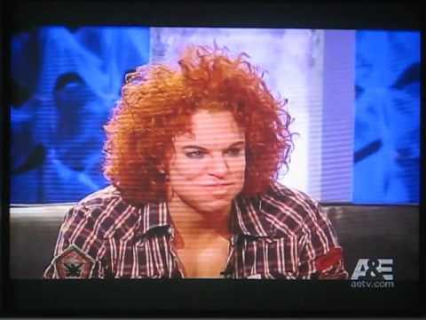 Lisa Lampanelli Roasts Gene Simmons! - video.genyoutube.net