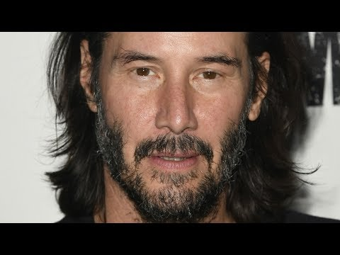 Keanu Reeves' Head Turning Comment On The Script For Matrix 4