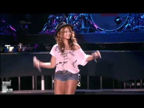 Beyonce  Forever Young Ft JayZ  at Coachella Valley Festival HDmp4