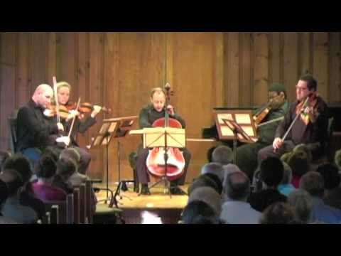 Mozart: Viola Quintet in C minor, K.406 (1787) - 3. Menuetto in Canone; Trio al Rovescio