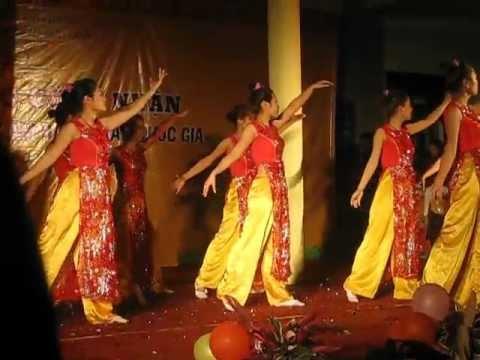Bài múa cô giáo trẻ_ Trường mầm non Mai Lâm