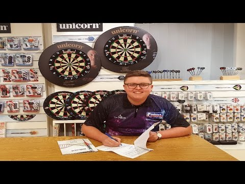 Ted Evetts signs for Team Unicorn