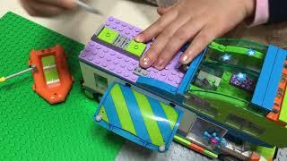 레고® 프렌즈 41339 미아의 캠퍼밴 놀이2