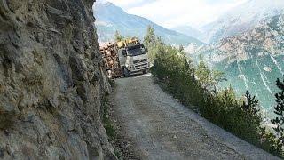 EXTRÊME TRUCK DRIVER  RAVIN DE LA PLATTE  EN HAUTE MONTAGNE GOPRO thumbnail