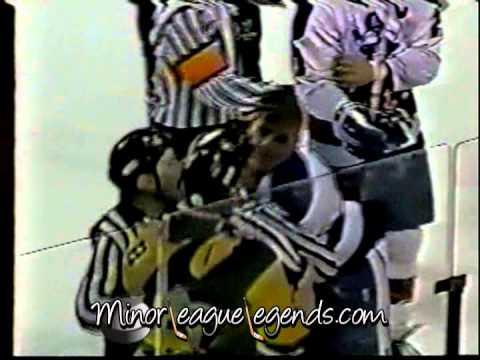 Jan 6, 1991 Mitch Wilson vs Cam Brown Muskegan Lumberjacks vs Milwaukee Admirals IHL