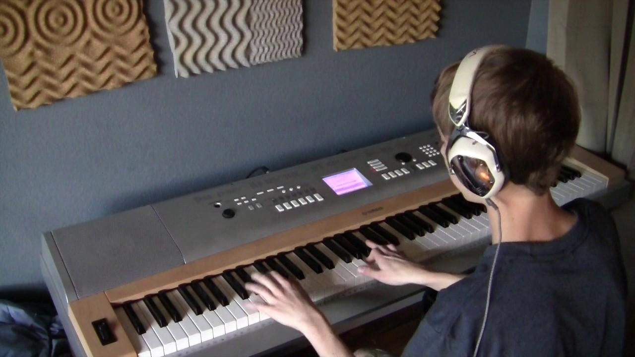 Синтезатор YAMAHA DGX-640 (DGX-640W) - YouTube