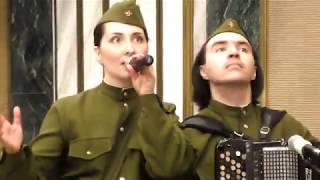 Военный ансамбль на День Победы. Театр Искона.
