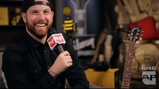 APMAs 2015: Corey Graves interviews Kevin Skaff in the GIBSON backstage lounge