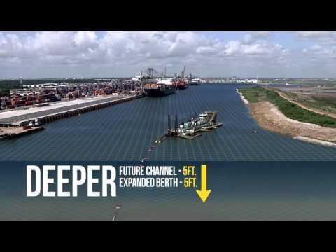 Super Post-Panamax Cranes Mark New Era for Port Houston