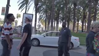 Blou ImDontai And Sad Frosty gets into a fight at vidcon