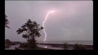 Бердянск 2016. Молния. Гроза. Powerful lightning, Zipper, Ukraine Berdyansk. Thunderstorm