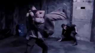 Video The Raid Redemption Fight scene Mad dog download MP3, 3GP, MP4, WEBM, AVI, FLV September 2018