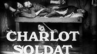 La Grand Revue de Charlot Soldat - Charlie Chaplin