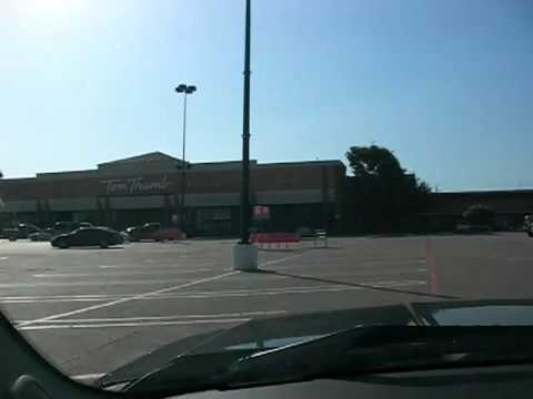 Glen Oaks shopping close