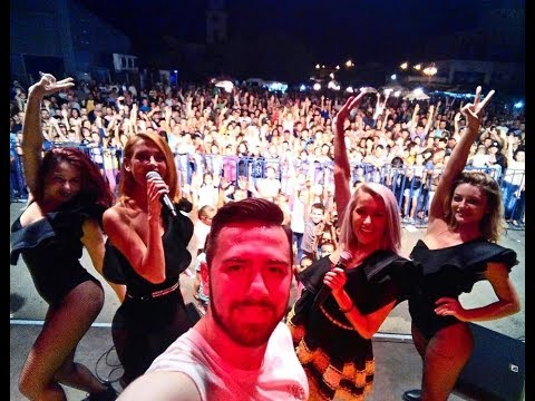 Bambi in concert si backstage