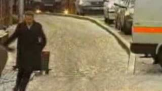 Fail News Reporter Slips On Ice - London Snowday