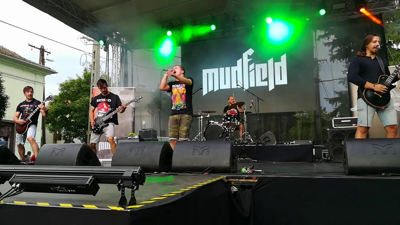 mudfield fereg)