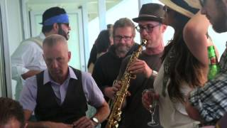 The Mavericks - Simmer Down (The Balcony Cruise Sessions)