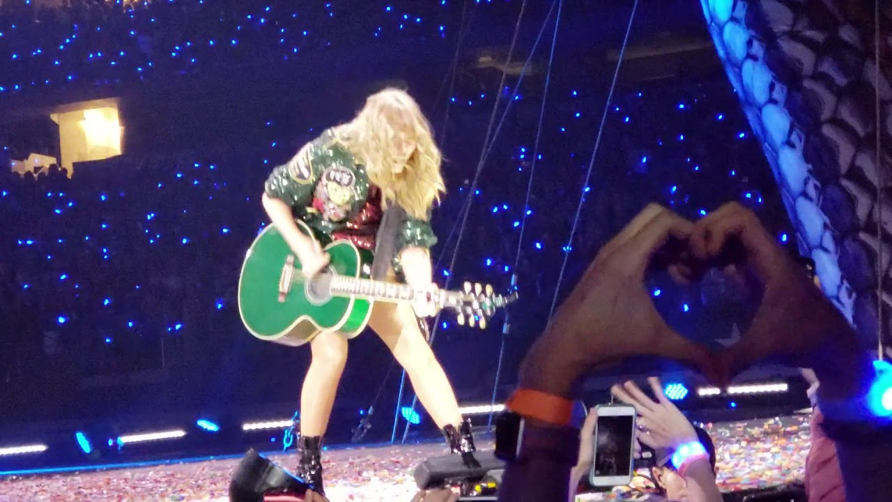 Taylor Swift Sings All Too Well In Dallas Texas Youtube