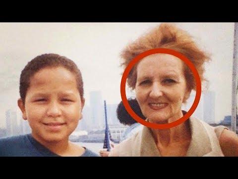 Viene licenziata dopo 50 anni. Però al figlio viene un'idea...
