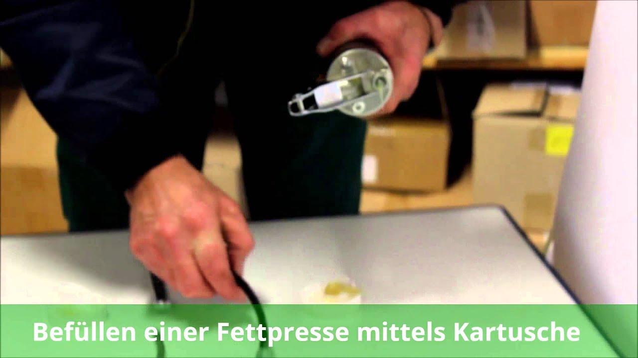 Kompatibel mit allen g/ängingen Fettkartuschen STIER Einhand-Fettpresse mit Nylonschlauch ergonomischer Anti-Rutsch-Pistolengriff Arbeitsdruck 410 bar Schmierpresse Fettpumpe