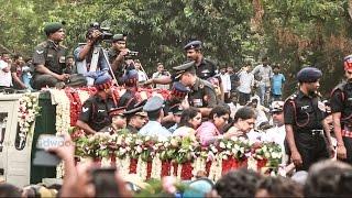 CM Jayalalitha brought to MGR Memorial from Rajaji hall.