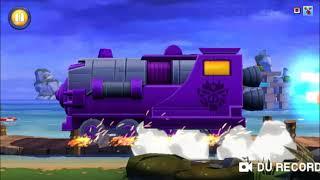 In questo episodio su Angry Birds Transformers sblocchiamo il personaggio leggendario