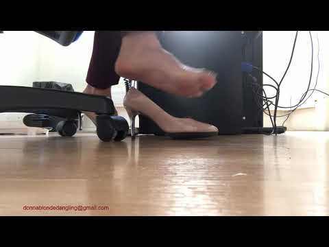 Shoeplay with my nudes shoes thumbnail