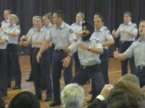 NZ's First Turbaned Sikh Police Officer performs Haka