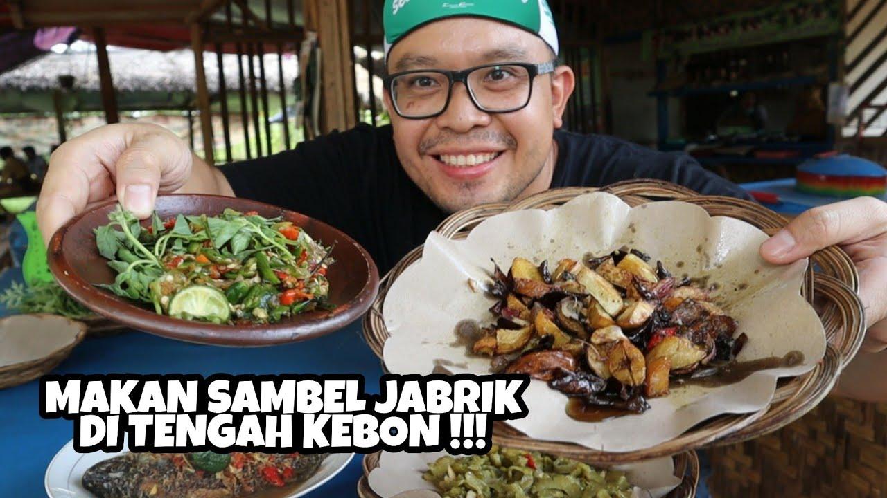KETEMU SAMBEL JABRIK DI TEMPAT TERSEMBUNYI DI DALAM KEBON - INDONESIAN TRADITIONAL FOOD