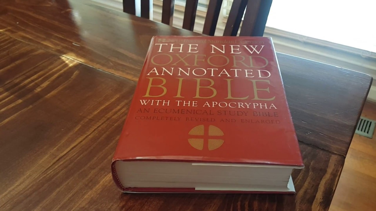 The new oxford annotated bible with the apocrypha review youtube the new oxford annotated bible with the apocrypha review fandeluxe Image collections