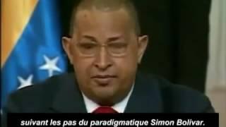 HUGO CHAVEZ lit la lettre envoyée par Kadhafi pendant l'agression de la Libye par l'OTAN