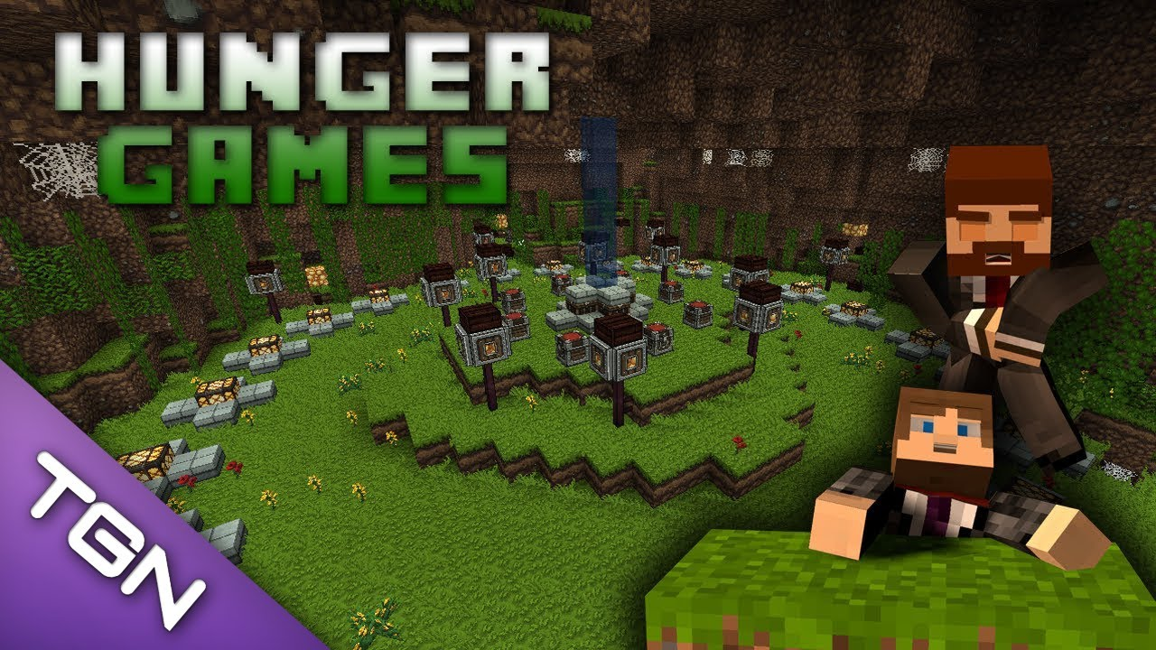 Minecraft hunger games 1 with some naked girl
