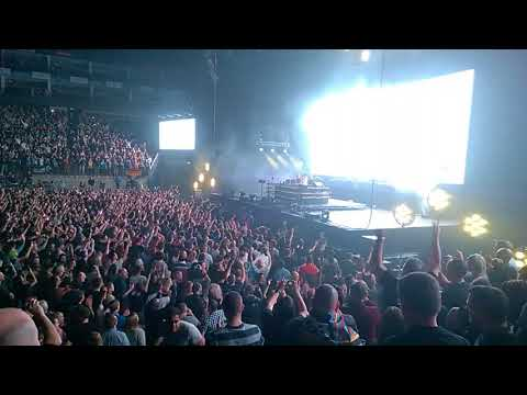Above & Beyond feat. Zoë Johnston - My Own Hymn @ O² Arena (HD)